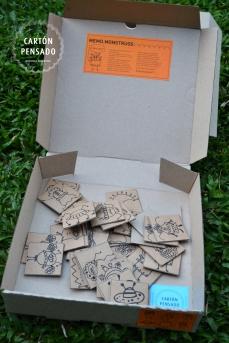 Contiene 10 pares de fichas en cartón
